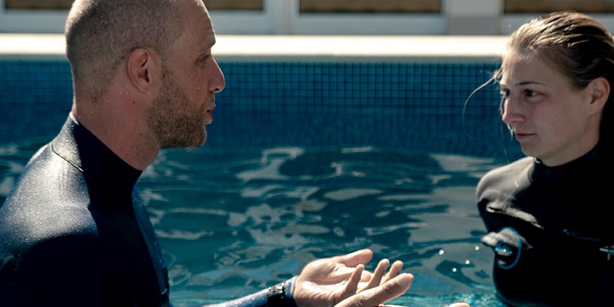 Apnoe-Training im Pool